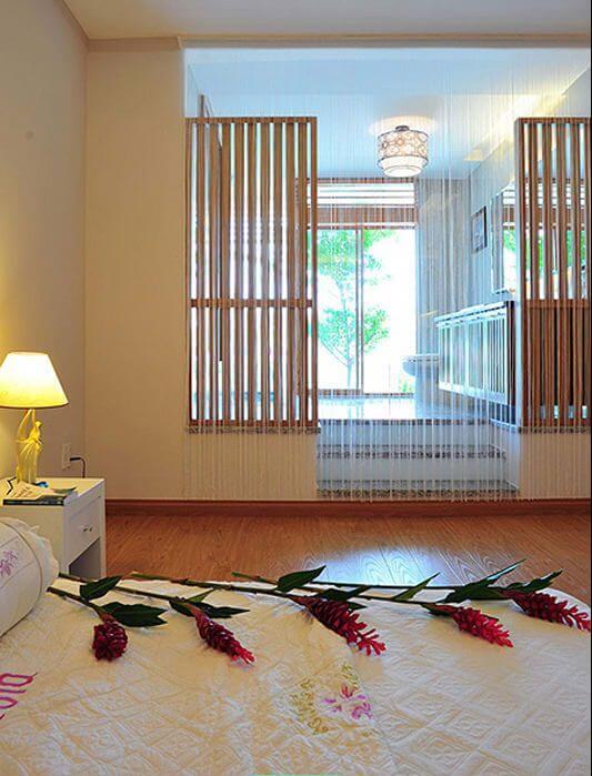 Phòng ngủ mộc mạc và yên tĩnh - Nhà phố 3 tầng có hồ bơi