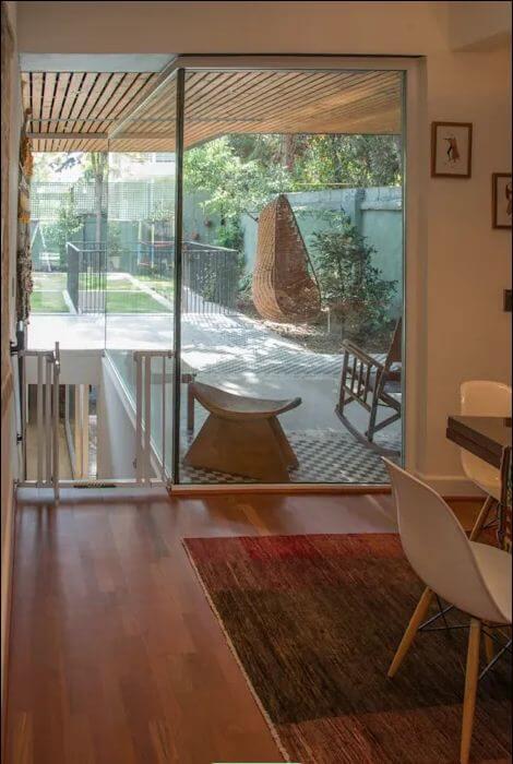 Cách đưa ánh sáng tự nhiên vào nhà thông qua giếng trời - 2