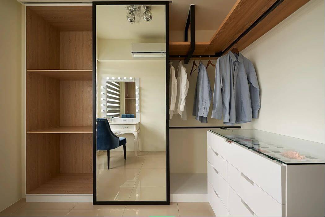 Sử dụng gương với kích thước lớn - Thiết kế phòng thay đồ