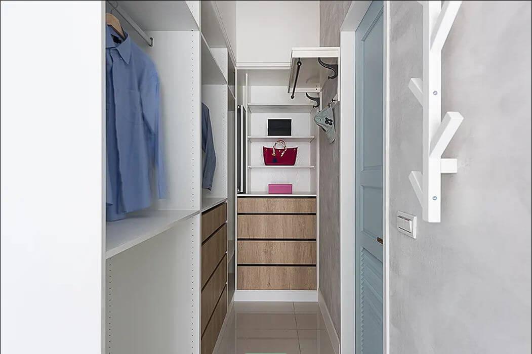 Tận dụng hành lang nhỏ trong nhà - Thiết kế phòng thay đồ