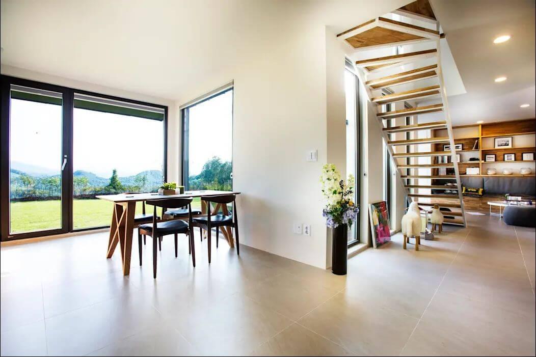 Ấn tượng với không gian sống rộng thênh thang - Mặt tiền nhà 2 tầng