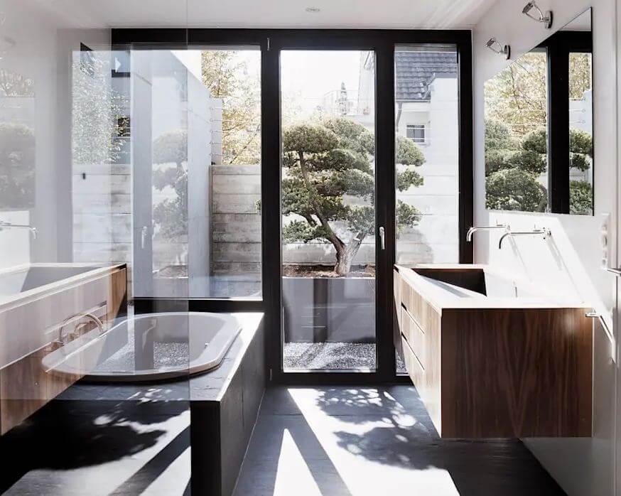 Không gian phòng tắm cuốn hút - Mẫu thiết kế nhà vườn đẹp