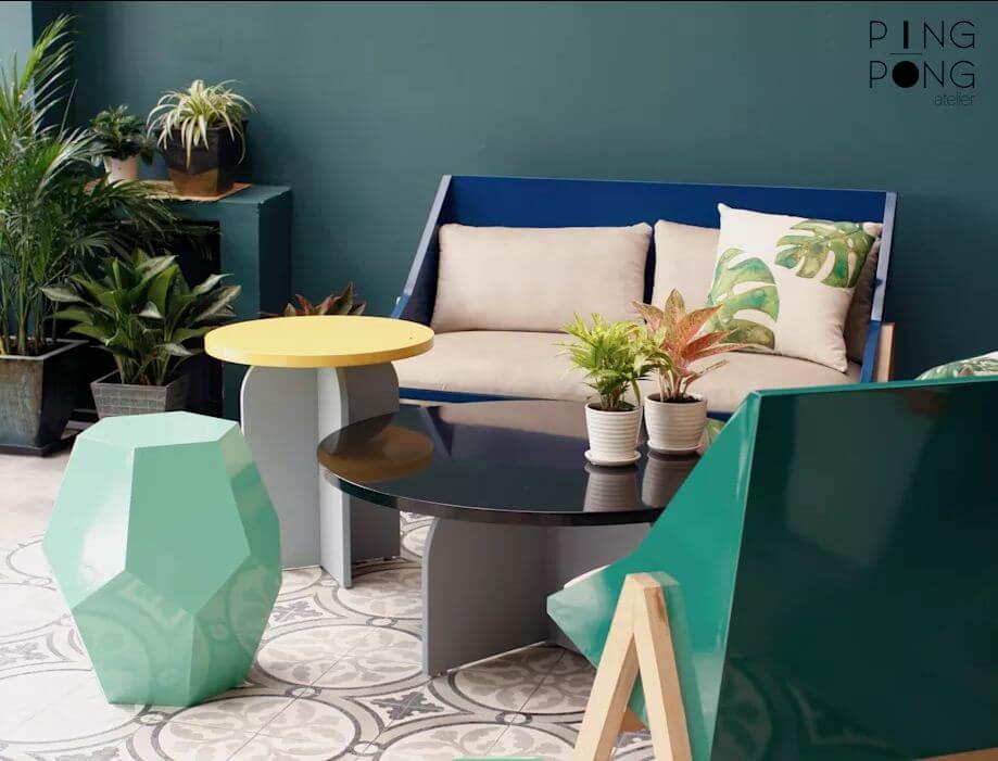 Ghế Sofa khung gỗ màu nổi bật dành cho phòng khách gia đình