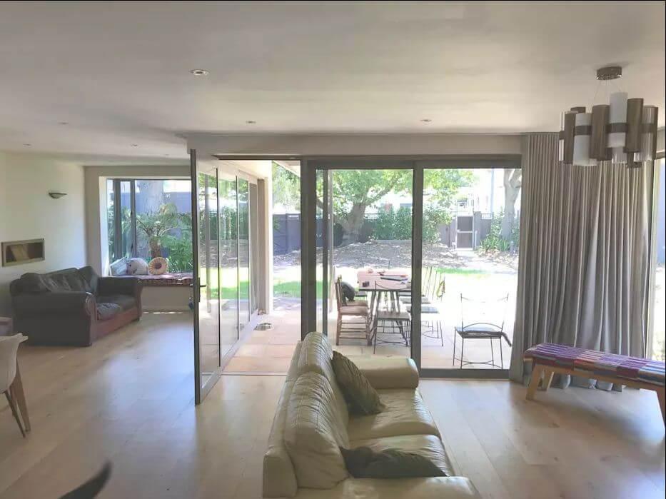 Thiết kế phòng khách linh hoạt - Dự án sửa nhà cũ
