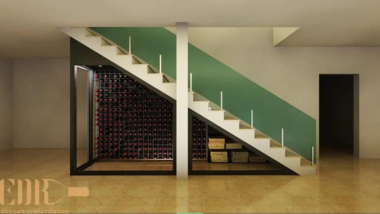 Tận dụng không gian dưới gầm cầu thang - Thiết kế hầm rượu