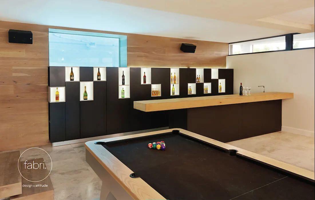 Tận dụng tường nhà - Thiết kế hầm rượu